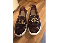 Genuine ladies Tommy Hilfiger shoes size 4