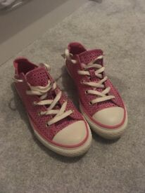 Size 2 pink converse