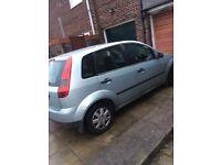 £325!! 2003 little fiesta 5 door cheap tax & insurance MOTD £350 PX?