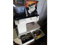 Singer Futura 2000 Electric Sewing Machine