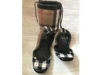 Authentic Burberry slippers UK m 3-4