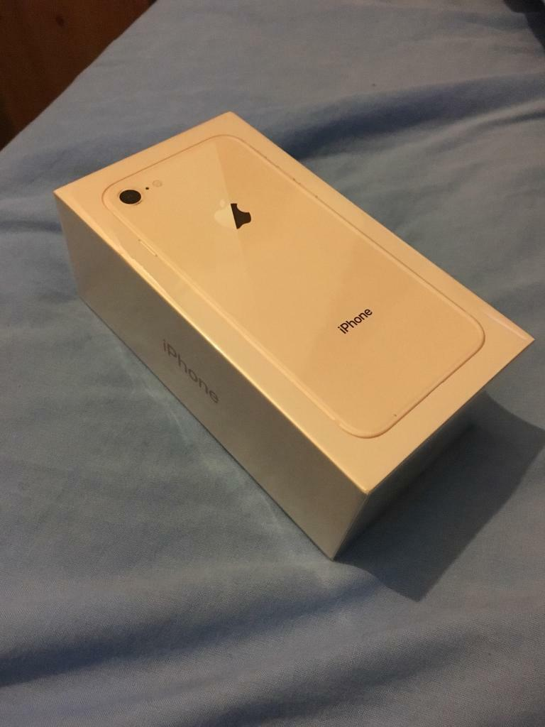 iPhone 8 256GB Gold O2 Unopened!