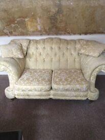 Arihgi bianci 2 seater sofa