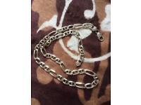 Silver chain 76g.