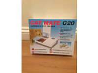 Cat Mate/ small dog C20 Double Feeder with Ice pack £15