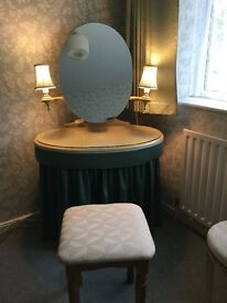 Vintage dressing table & chest of draws