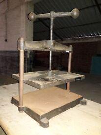 Large Cast Iron Nipping Press