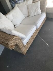 Extremely good quality wicker style 4-2-1 with footstool