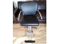 Salon hairdresser's chair