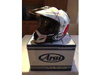 Arai Tour-X4 motorcycle helmet - Size small