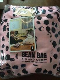 Brand new large Bean bag seat