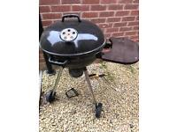 Kettle charcoal BBQ