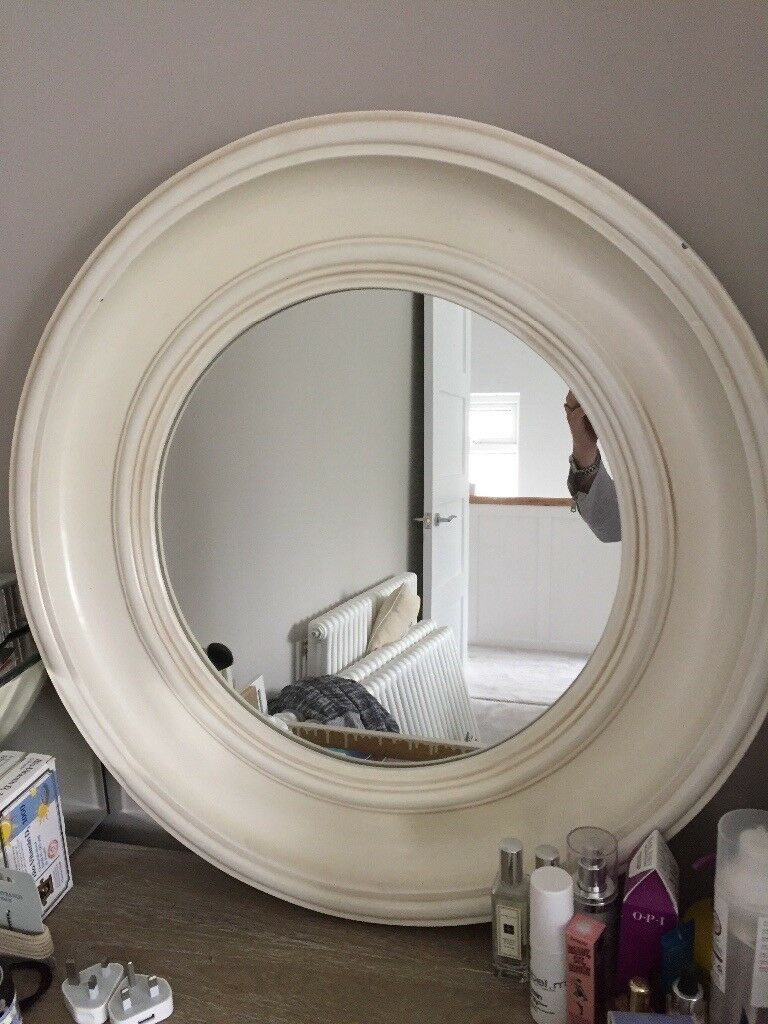 Stunning Cream Vintage Laura Ashley Round Wall Mirror For