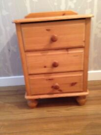 Solid pine shabby chic vintage bedside table/chest of drawers perfect up chycle