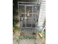 NEARLY NEW LARGE PARROT/BIRDS CAGE CHEAP