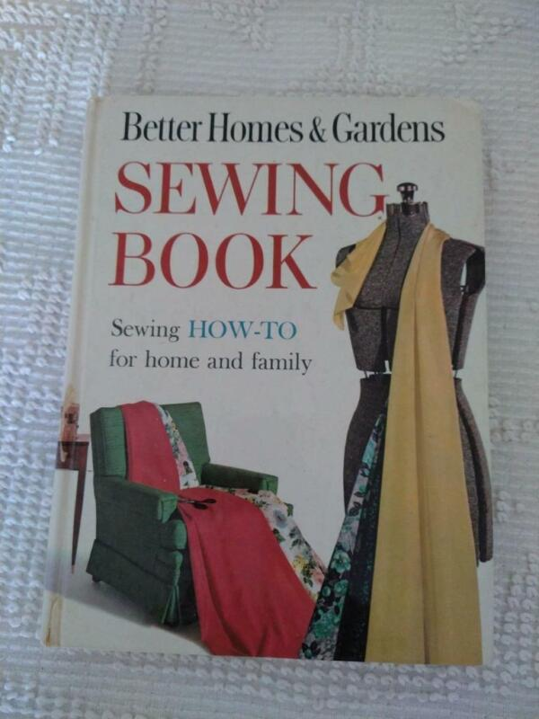 BETTER HOMES & GARDENS SEWING BOOK,COMPLETE HOW TO,HARD COVER,1961,VINTAGE,318PG