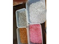 Scatter crystals, diamantes, etc