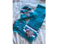 Brand new frozen hat glove and scarf set 3-6 years