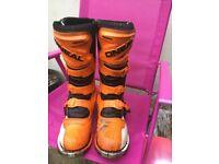 Size nine O'Neill mx boots