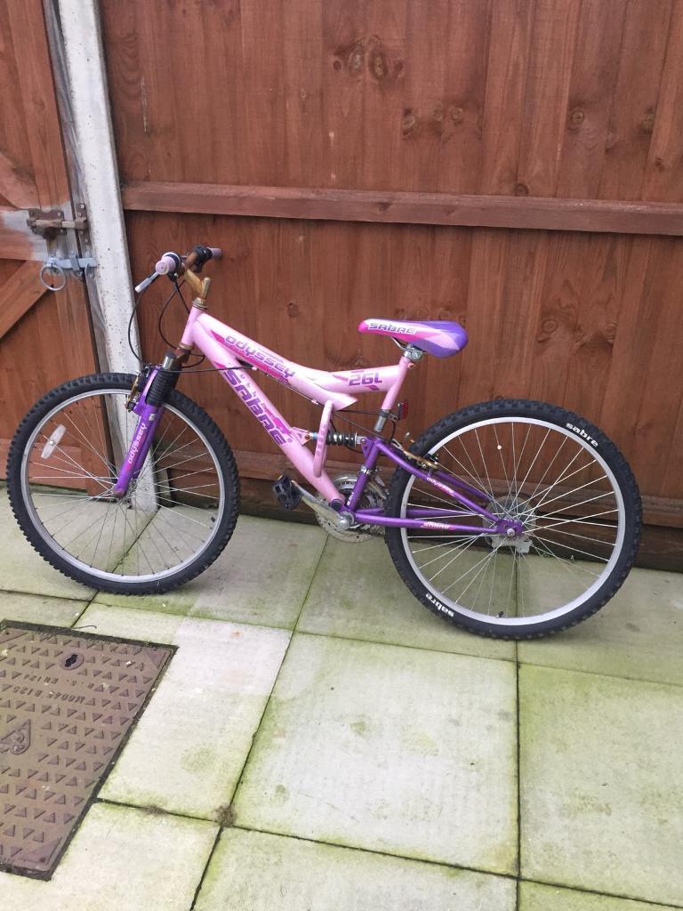 Women's pink/purple bike