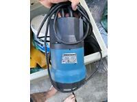Submergible pump