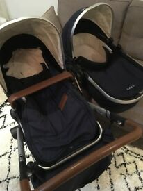 Joolz Day Pram, Parrot Blue. Plus elephant grey fabric and accessories