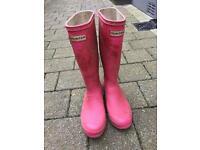 Pink girls Hunter wellies, size 3.
