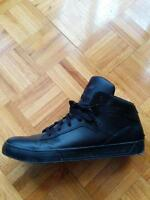 Souliers Adidas mid tops noirs sz.12