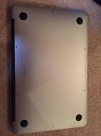 Apple MacBook Air 11 Early 2014 - Intel Core i5 - 128GB SSD - 4GB RAM