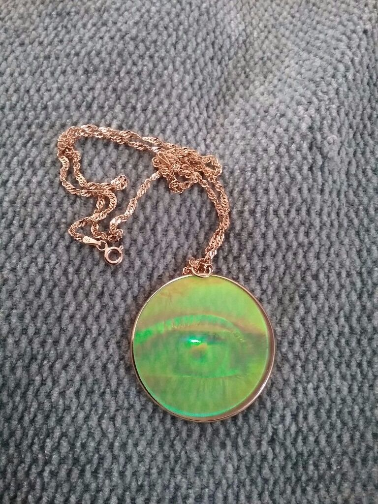 9ct hologram pendant in north anston south yorkshire gumtree 9ct hologram pendant aloadofball Choice Image