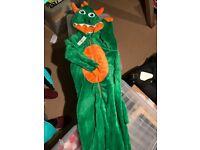 Kids green dragon nightwear 7-8 years (new with label, M&Co)