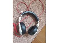 Beats Pro, Silver and Black