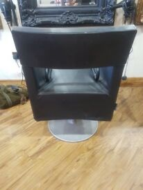 Black Square Hairdressing Styling Chair.