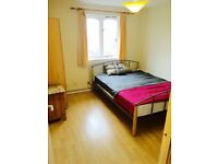 1 DOUBLE ROOM AVAILABLE IN SURREY QUAYS, CANADA WATER