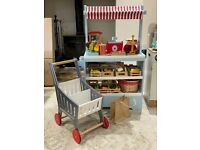 GLTC Wooden Play Market Stall / Shop, Trolley, Chip Shop, Food & Accessories