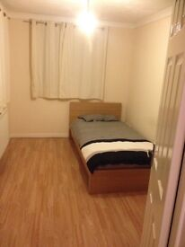 Double room for rent in basildon
