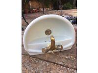 Wash basin/sink