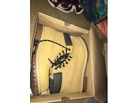 Kangol Mens Boots size 10
