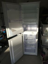 Zanussi intergrated fridge freezer