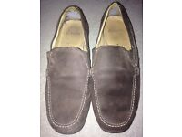 Clarks size 8 men's suede leather shoes - hardly worn