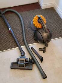 Dyson vacuum cleaner ..hoover .. Very good condition