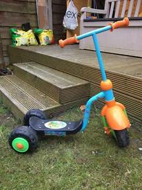 Toddler scooter blue and orange excellent condition. Rrp £60
