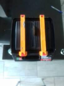Plasplugs compact plus diamond wet wheel tile cutter