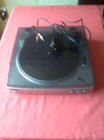 Aiwa Stereo Turntable