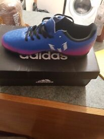 messi astro turf boots breand new never been worn still in box size 2