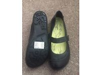 Black Leather Hush Puppies UK Size 4