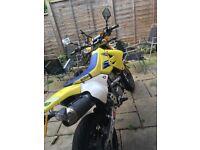 Suzuki drz 400 cc sm not ktm not Yamaha not Honda