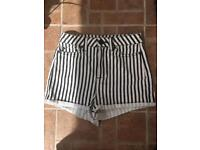 Topshop shorts W26 size 8