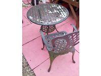 GARDEN IRON TABLE 1 CHAIR