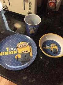 Plate bowl and cup set